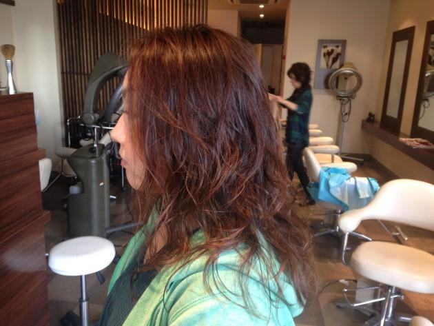 パーマやヘアカラーの毛髪診断 画像