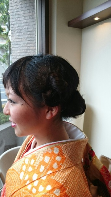 お団子風 髪型成人式 画像