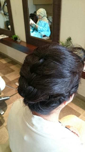 バックヘアスタイル 髪型