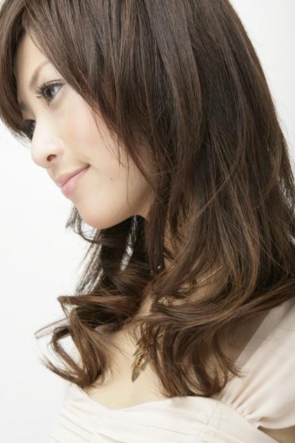 ホットカラーヘアスタイル画像