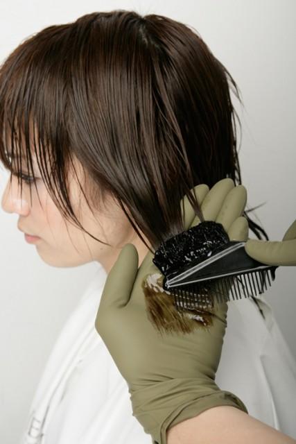 やわらかい髪質のヘアカラー画像