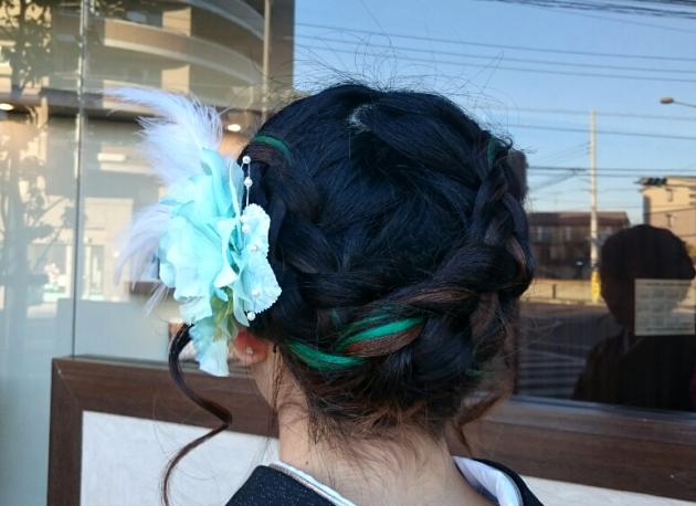 シニヨンや編み込み画像