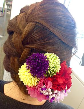 シンプルで編み込み髪型 画像
