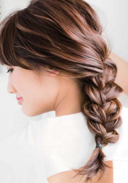 編み込み髪型