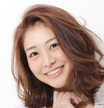 髪のうねりを気をつける画像