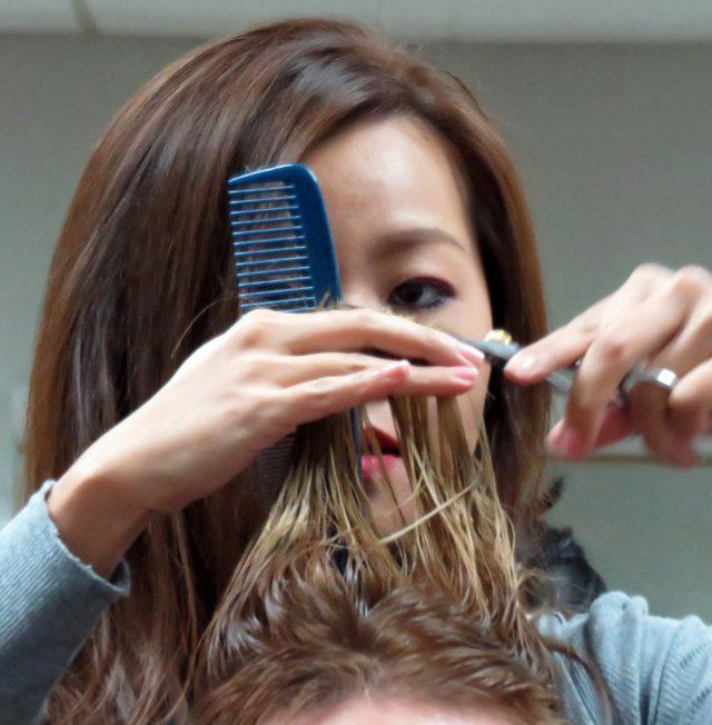 剝きバサミで髪のタンパク質が流出したパターン